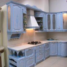Классические кухни в темных тонах на заказ в Симферополе
