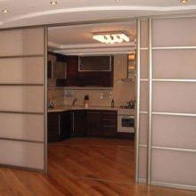 Раздвижные двери и межкомнатные перегородки в Симферополе на заказ