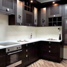 Современные угловые кухни в Симферополе на заказ фото