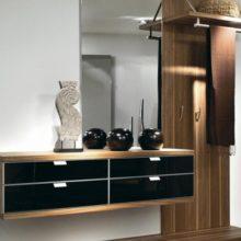 Корпусная мебель в прихожую на заказ в Симферополе