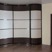 Заказать радиусный шкаф-купе в Симферополе по индивидуальному проекту