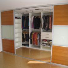 Встроенные гардеробные в Симферополе на заказ