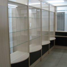 Корпусная мебель для аптек и магазинов на заказ в Симферополе производства компании Мебельщик